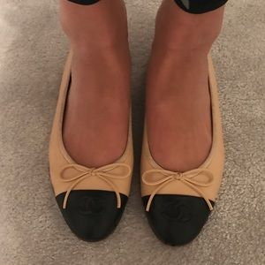 100% authentic Chanel Flat